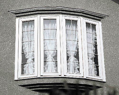 出窓 セパレートフリル