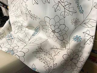 白い遮光1級カーテン