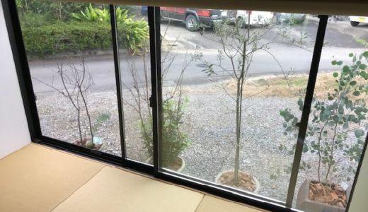 【ミラーレースカーテン】道路沿いの家や物件の目隠し対策