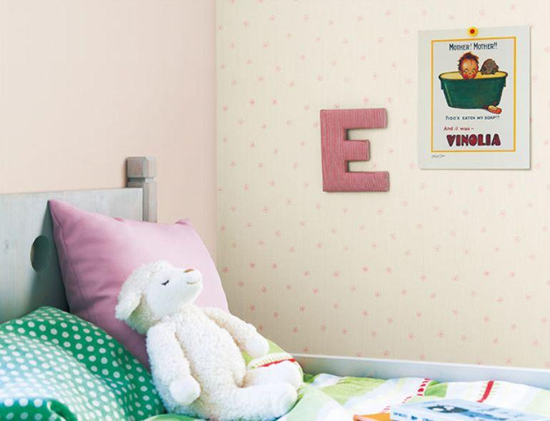 子供部屋のアクセントクロス