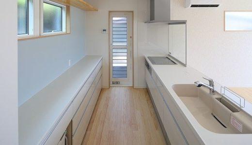 【キッチンのカーテン】一人暮らしの台所を目隠しする4つの方法