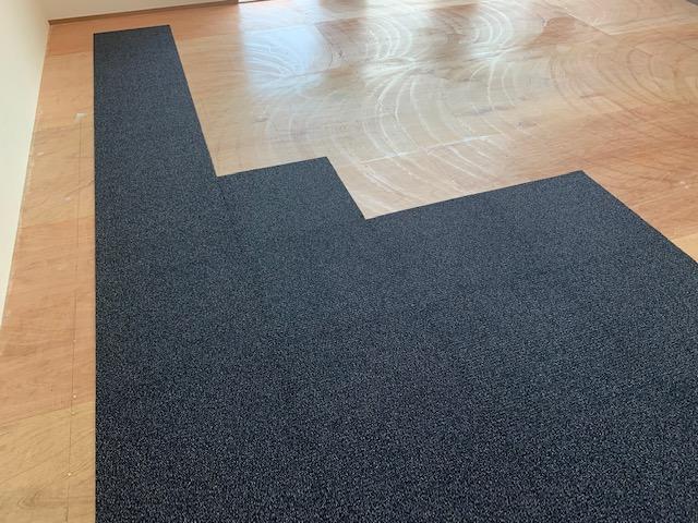 タイルカーペットの貼り方2
