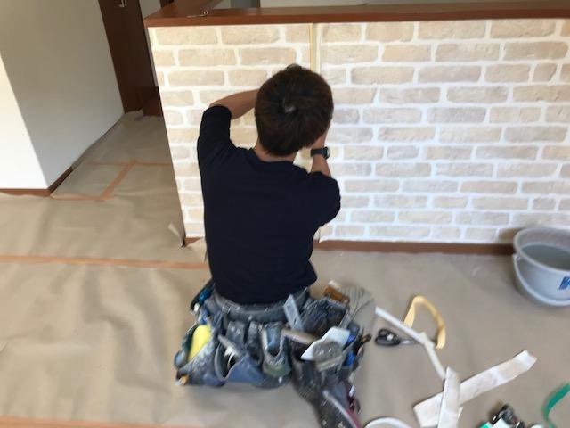 壁紙を貼る技術力