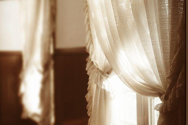 エレガントなお部屋のカーテン