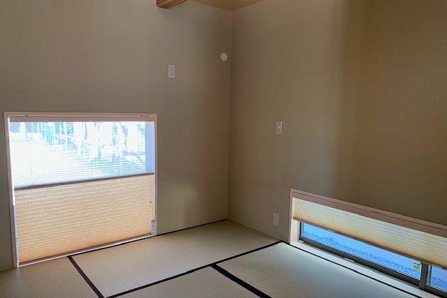 和室に合うカーテンの素材.色.柄