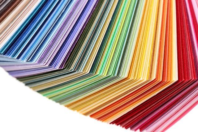 カーテンの色選びのポイント